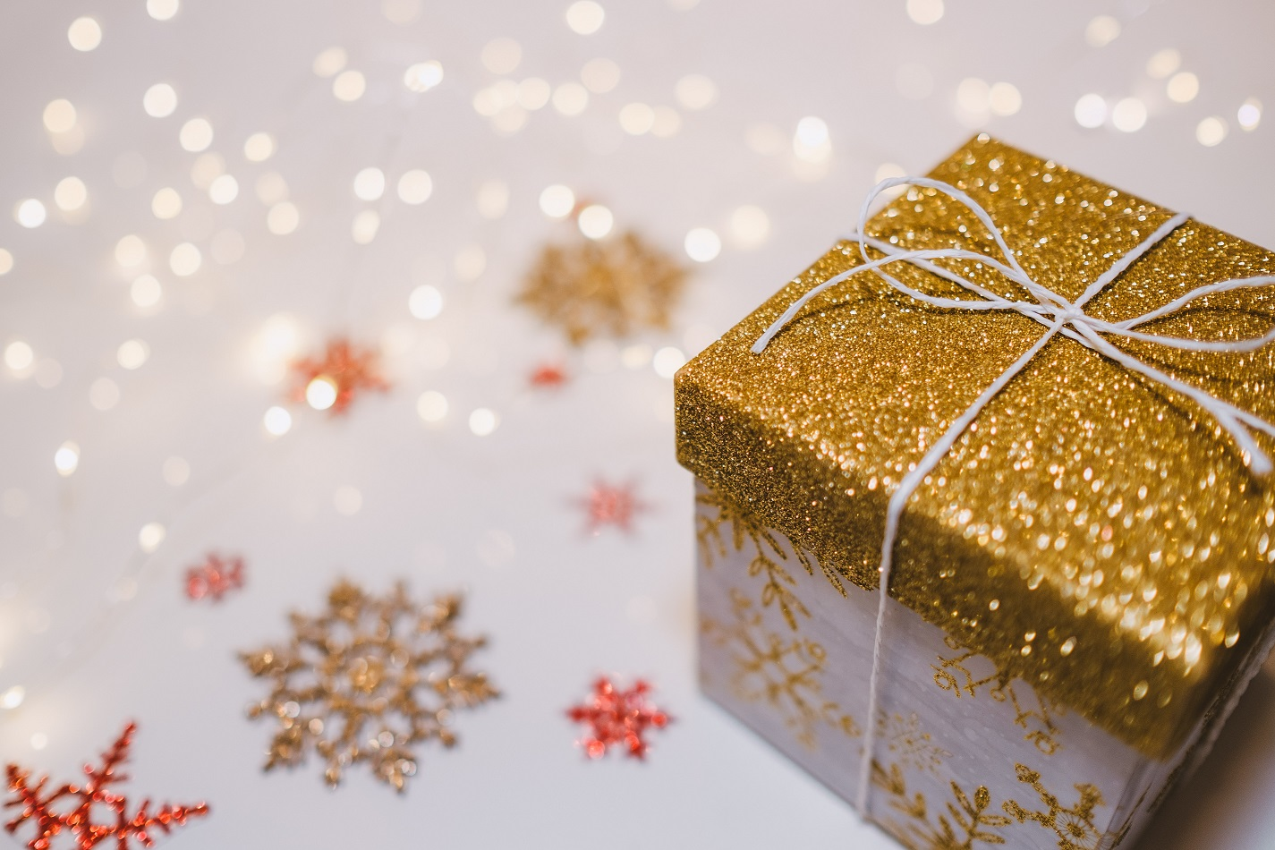 10 opportunities to give your student income a boost over Christmas